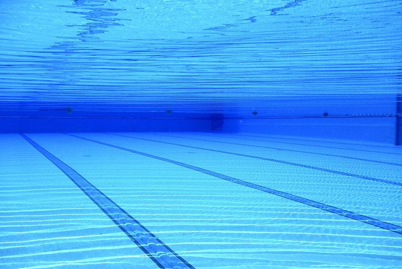 normativa piscina comunitaria