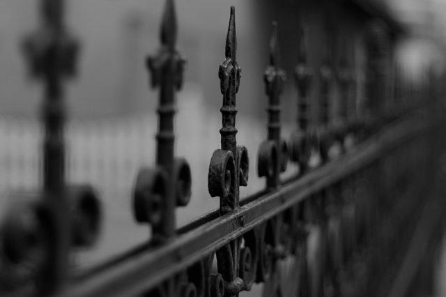 Puertas de forja: Motivos para no usarlas en nuestra comunidad